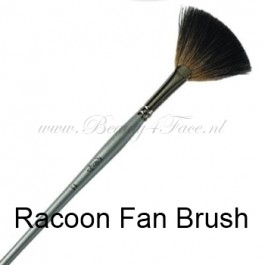 Karaja Racoon Fan Brush - beauty4face.nl