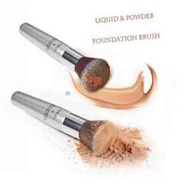 Karaja Liquid and Powder Foundation Brush